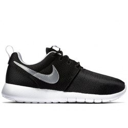 Buty Nike Roshe One (GS) Black 599728-021