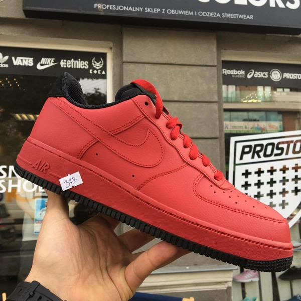 NIKE AIR FORCE 1 ULTRAFORCE GYM RED