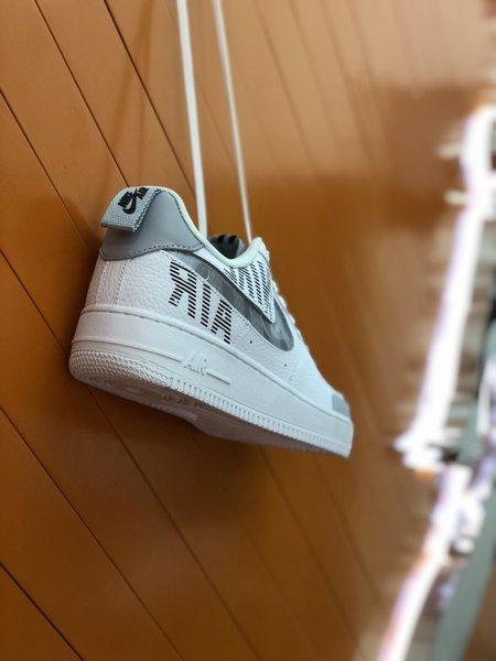 Buty Nike Air Force 1 '07 LV8 (BQ4421 100) WHITEWOLF GREY