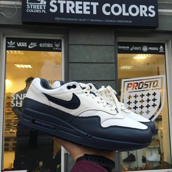huge selection of e8a0c d3635 Buty Nike Air Max 1 Premium
