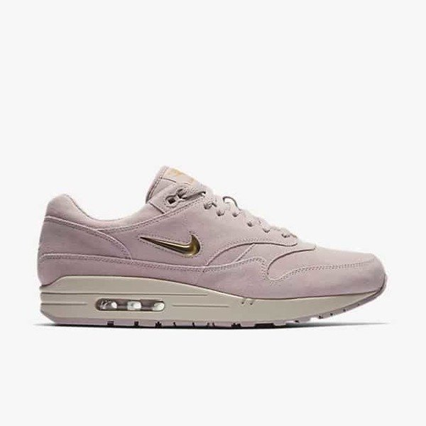 c662dcc90198 Buty Nike Air Max 1 Premium SC Jewel (918354-601) Particle Rose ...