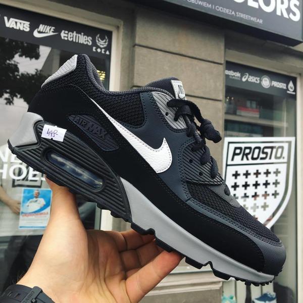 Nike Air Max 90 Essential 537384 063 AnthraciteWhiteBlack