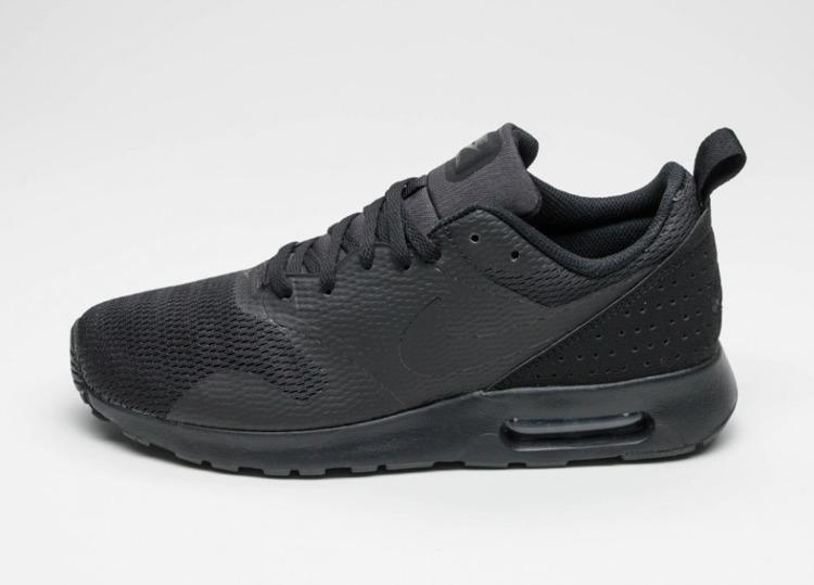 Buty Nike Air Max Tavas 705149 016 (Blackblackblack