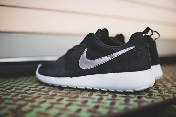 brand new d6d93 93317 Buty Nike Roshe One Suede 685280-001 Black  Obuwie  Męskie .