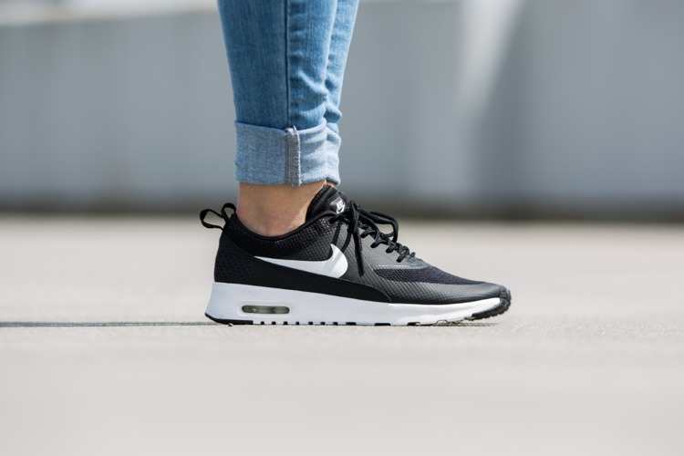 sports shoes 4cebf 8f0e8 Buty Nike Wmns Air Max Thea 599409-020 (Black  Summit White)