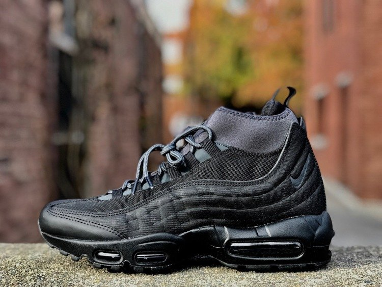 quality design 1a7bf fa1ee Nike Air Max 95 SneakerBoot