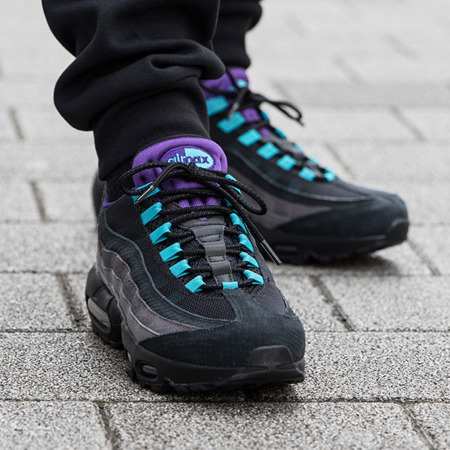 Buty Nike Air Max 95 LV8 (AO2450-002) Grape Reverse